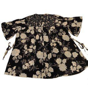 Chelsea Studio Floral Button down Blouse - Size 22
